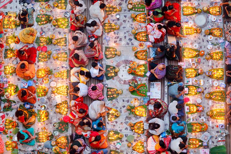 Praying with Food - Noor Ahmed Gelal (Bangladesh)